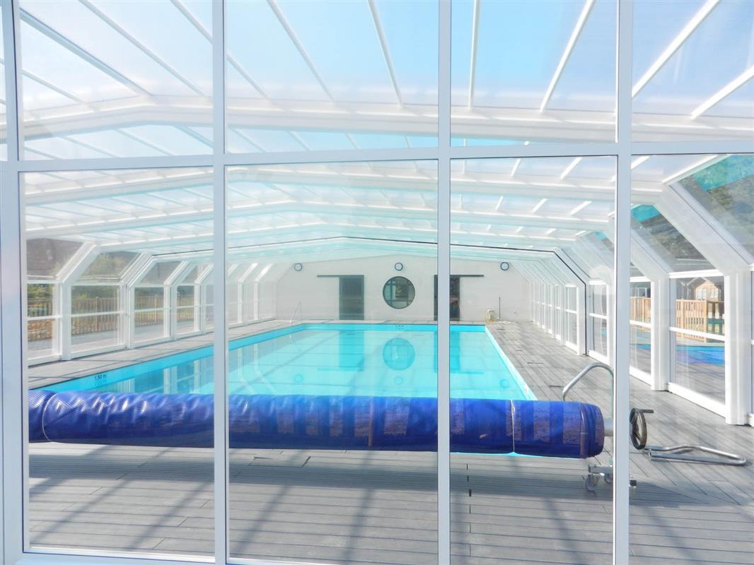 piscine couverte chauff camping 3 toiles belle ile